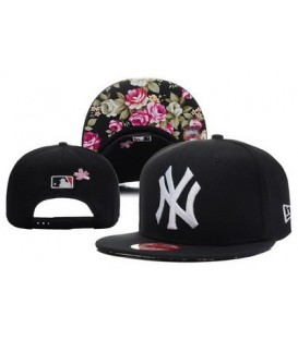 Sapca New Era Snapback New York Yankees Flowers
