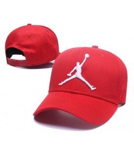 Sapca Jordan Red Stretch