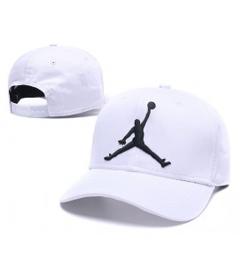 Sapca Jordan White Stretch